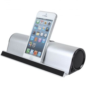 Bluetooth speaker with stand function